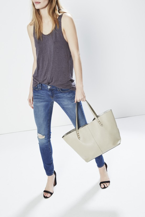 unlined_tote_scale_shot_2570_3_5